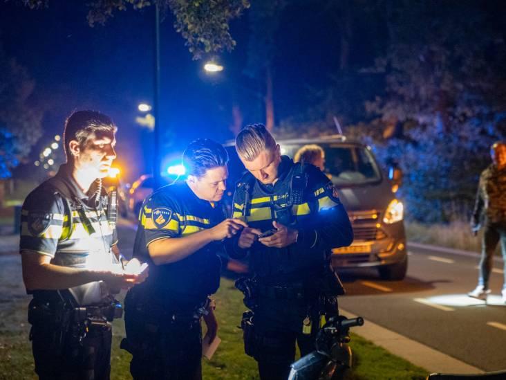 Beschonken scooterrijder gaat onderuit in Sterksel, politie neemt vriendin ook mee naar het bureau