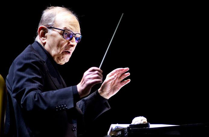 Ennio Morricone tijdens een concert in de Amsterdamse Ziggo Dome.