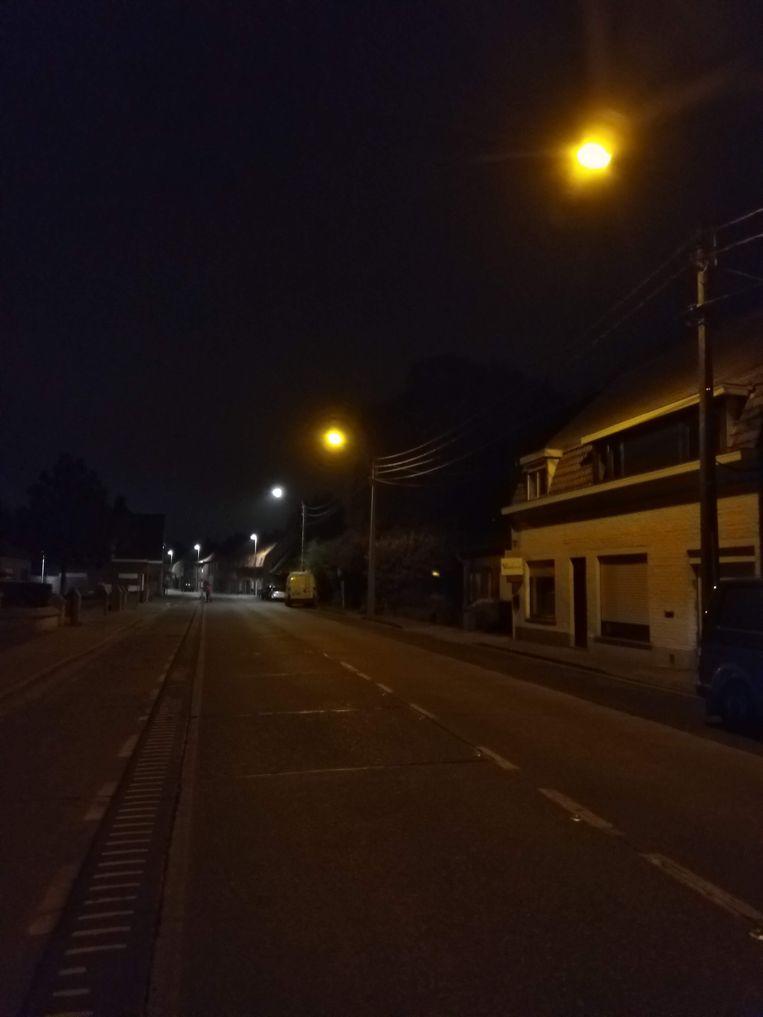 Op deze foto zie je mooi het verschil tussen de vorige verlichting en ledverlichting