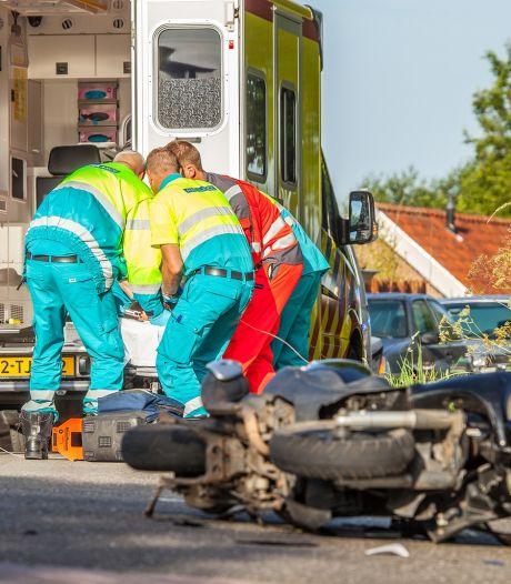 Scooterrijder (26) uit Strijen overleden na aanrijding