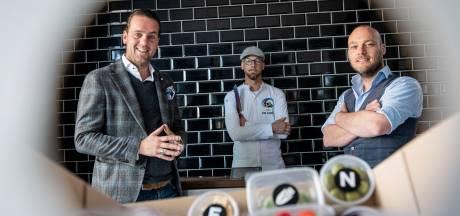 Met videohulp van een chef-kok een lezersmenu in je eigen restaurant