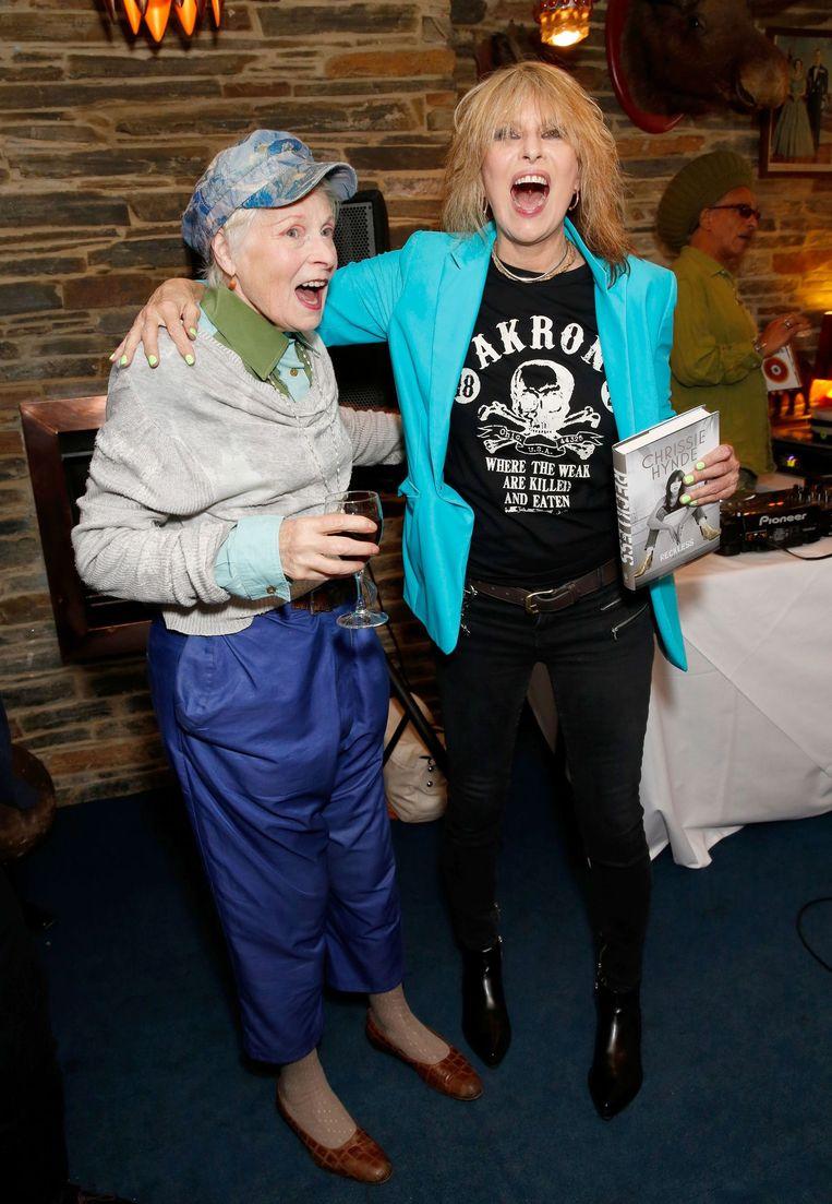 Met Vivienne Westwood tijdens de presentatie van haar autobiografie. Beeld Richard Young/REX Shutterstock