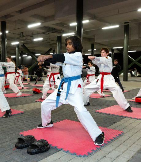 Dit overweegt het kabinet: meer sport voor jongeren, extra contactberoepen open