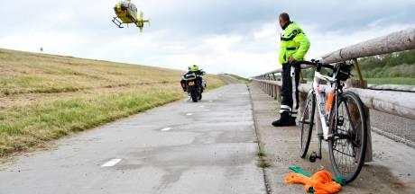 Wielrenner zwaargewond bij val in Lelystad