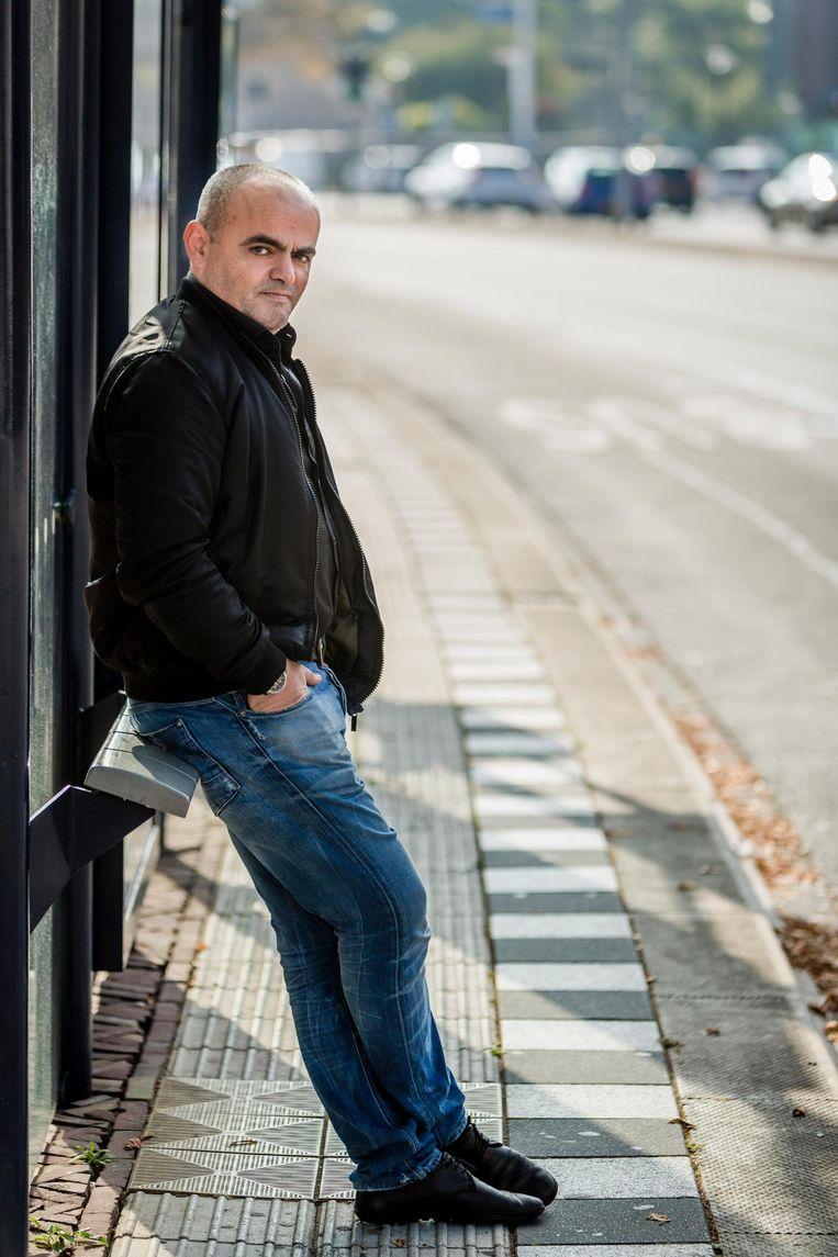 Mesut Soygül, ingenieur: 'In de jaren '90 zag ik integere abi's. In 2010 was dat anders. Ik kwam bij een abi met een luxueus ingericht huis. Een ander reed in een Volvo V70'. Beeld null
