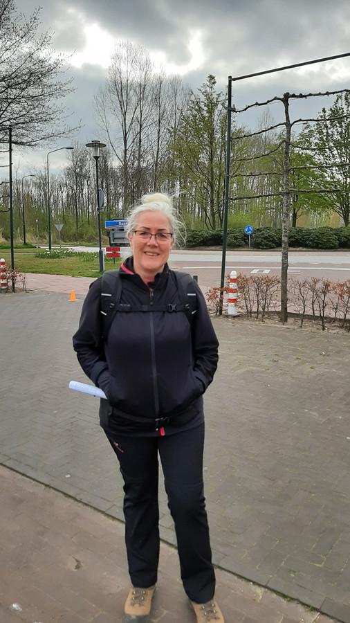 Anita Raat uit Tiel, een fanatieke wandelaar.