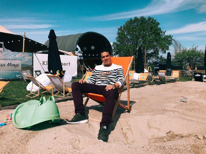 Tom Chanet van zomerbar De Loereman.