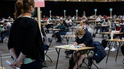"""Kritiek op communicatie KU Leuven: """"Alle Vlaamse universiteiten willen onderwijs volgend jaar op campus"""""""
