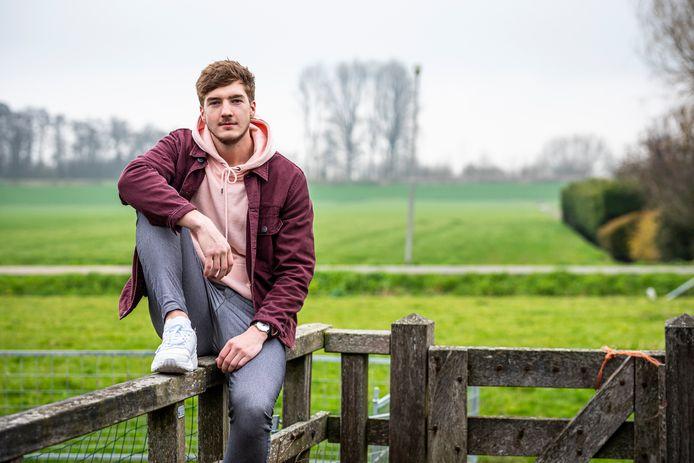 Ggz-medewerker Ruben Buntsma gebruikt Instagram om op eigen initiatief jongeren te helpen die met zichzelf in de knoop zitten.