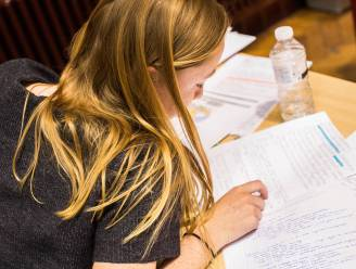"""Secundaire scholen organiseren digitale inschrijving: """"Zonder lange wachtrijen en coronaveilig"""""""