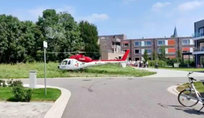 Het slachtoffer werd met de helikopter overgebracht naar het ziekenhuis