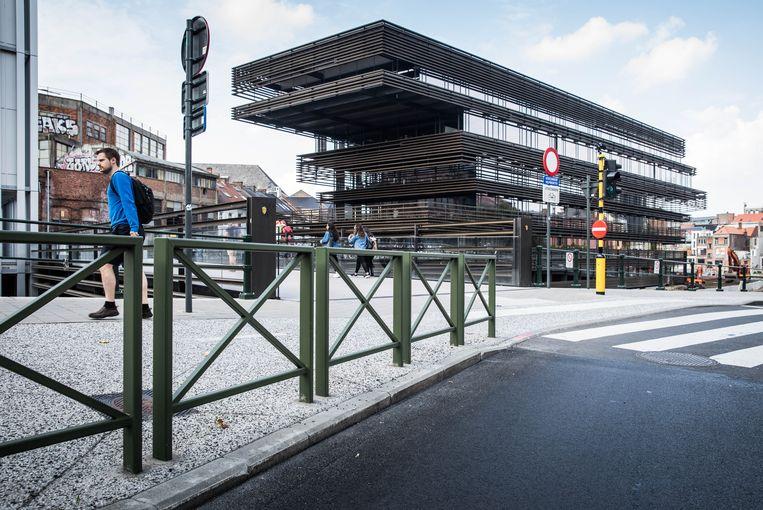 De Krook is een hypermodern gebouw in Gent dat dienstdoet als bibliotheek en onderzoekscentrum. Beeld Wannes Nimmegeers