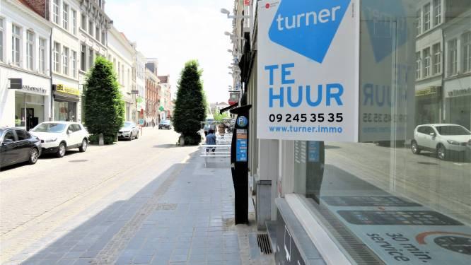 """Het winkelcentrum van Oudenaarde kampt met een stijgende leegloop ondanks alle steun: """"De premie voor starters is net nog verhoogd van 3.000 naar 8.000 euro"""""""