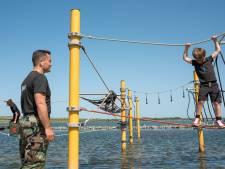 Karatekids uit Zierikzee verrast met bootcamp door oud-mariniers