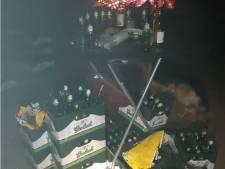 Politie maakt met hulp van politiehonden en brandweer einde aan illegaal feestje in Bathmen