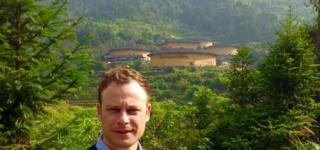 Vader van Almkerker in Chinese cel houdt hoop: 'We grijpen alles aan om hem vrij te krijgen'