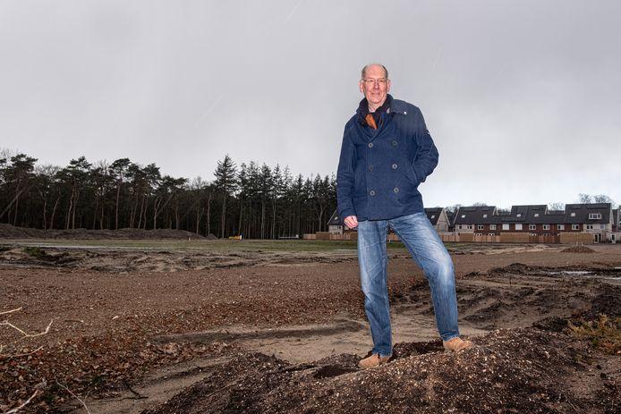 Een van de kritiekpunten van briefschrijver Kees Scheurkogel is dat er veel bomen worden gekapt om plaats te maken voor de komst van nieuwbouwwijken.