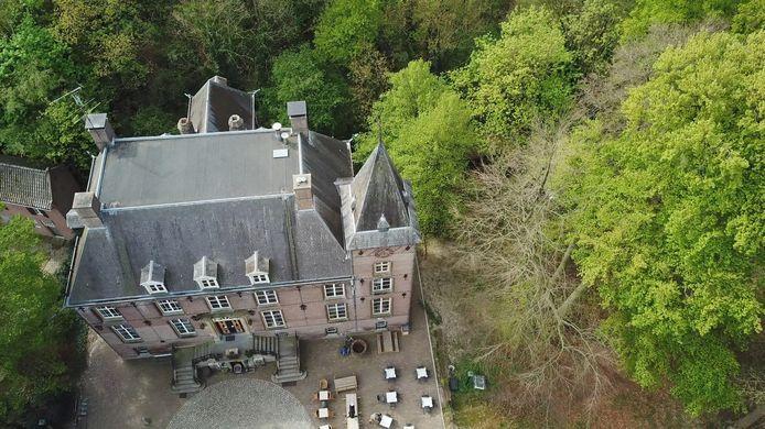 Bovenaanzicht van kasteel Nemerlaer