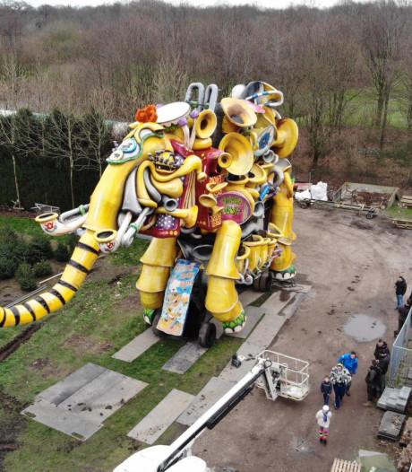 Klepperbekken & Co uit Boemeldonck stelen in laatste bouwjaar de show met hun muzikale olifant