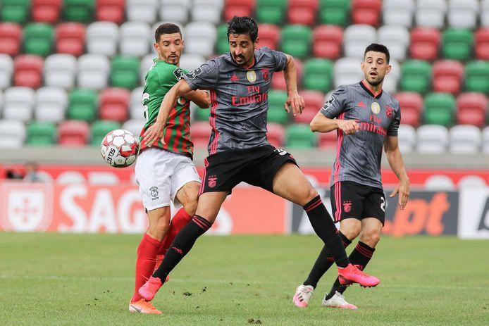 André Almeida in actie namens Benfica.