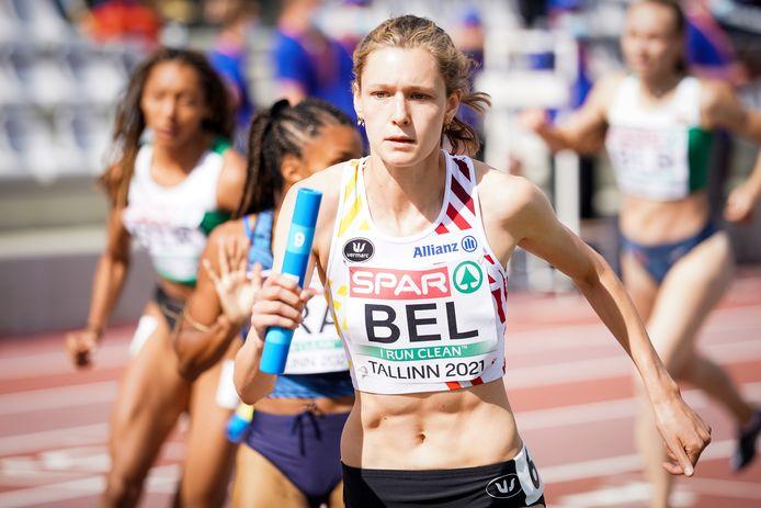 Helena Ponette in actie op het EK U23 in Tallinn met de 4x400m-ploeg.