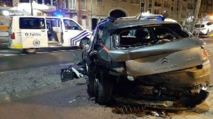 Dronken bestuurder richt ravage aan op Bredabaan