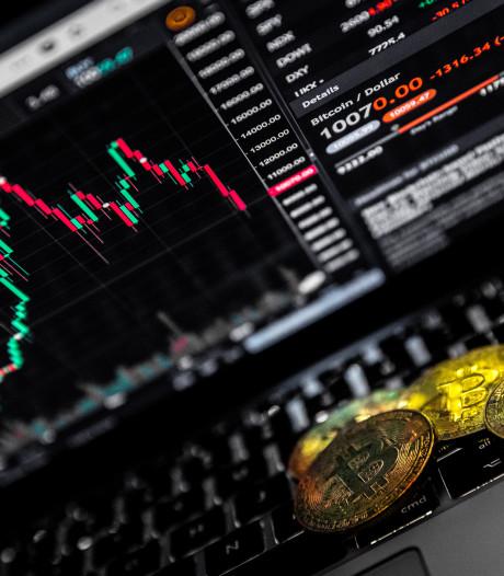 Bitcoin zakt tot 10.000 dollar
