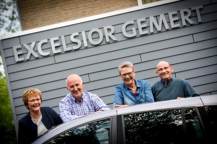 Vier jubilarissen van harmonie Excelsior in Gemert: Marie-José van Vijfeijken, Maarten Mols, Janny Oosthoek en Herman Leenders (vlnr).