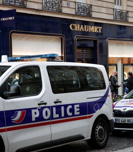 Nouveau braquage d'une bijouterie à Paris, le butin estimé à 400.000 euros