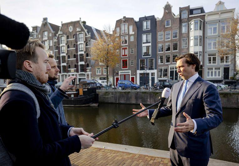 Baudet spreekt met de pers in Amsterdam. Beeld EPA
