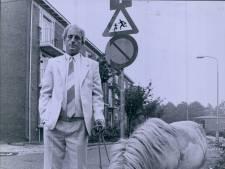 Joop Schepers draait zich om in zijn graf, 36 jaar na zijn ponystunt gaat het nog steeds over onkruid in Almelo