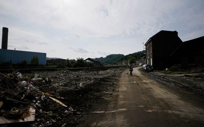 Une rue dévastée à Trooz, le 27 juillet 2021.
