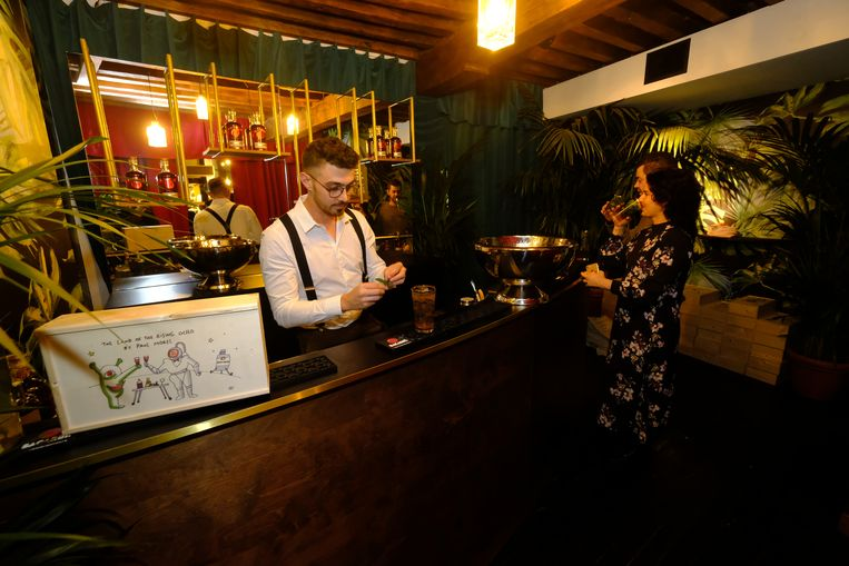 bacardi bar