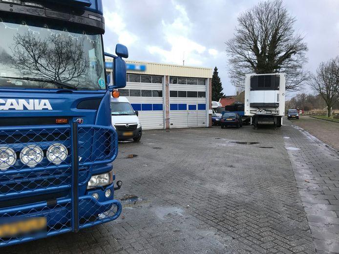 Het transportbedrijf in Zevenbergen waar de politie dinsdag vier verdachten aanhield in verband met de smokkel van 1.000 kilo cocaïne via de Antwerpse haven.