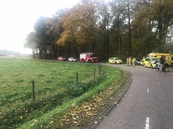 Het ongeluk gebeurde in een bos aan de Zonnenbergstraat.