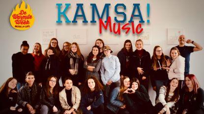 Leerlingen KAMSA nemen singles op voor Warmste Week