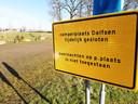 De gratis camperplaatsen in Dalfsen zijn van de ene op de andere dag door gemeente gesloten. Ze zouden oneerlijke concurrentie voor ondernemers vormen.