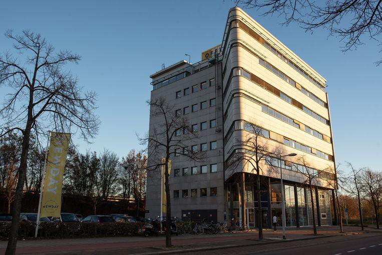 Aan de Oeverschiestraat in Amsterdam Nieuw-West heeft het Indiase Airtel een holding waar het de winsten onderbrengt.  Beeld Sabine van Wechem