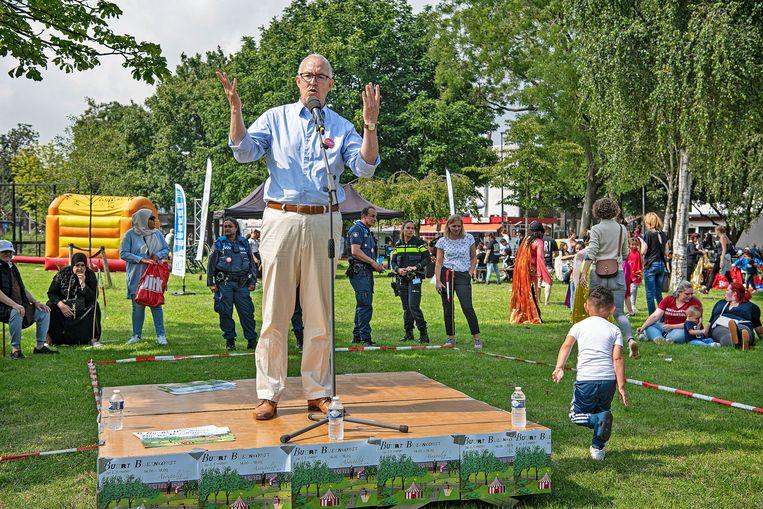 Burgemeester Ahmed Aboutaleb op het Amelandseplein. Beeld Guus Dubbelman / de Volkskrant