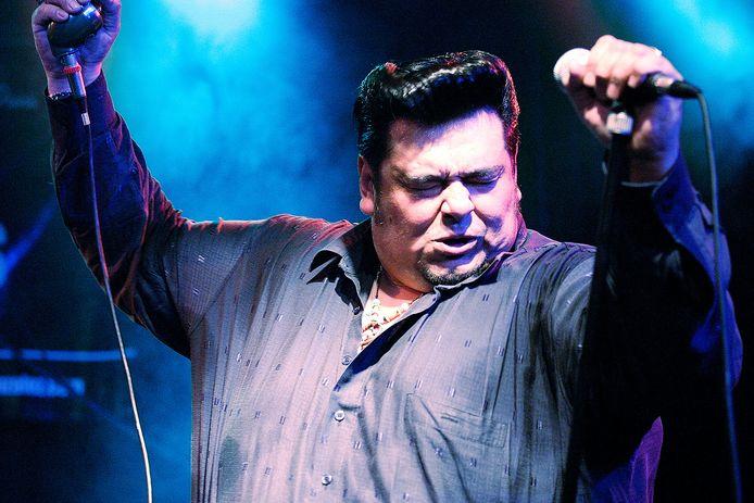Memo Gonzalez, Memo Gonzalez & The Bluescasters
