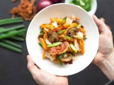 Wat Eten We Vandaag: Penne met pancetta, lente-ui en champignons