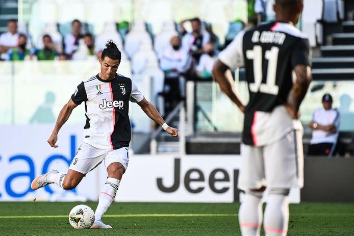 Cristiano Ronaldo scoorde voor het eerst uit een vrije trap bij Juventus.