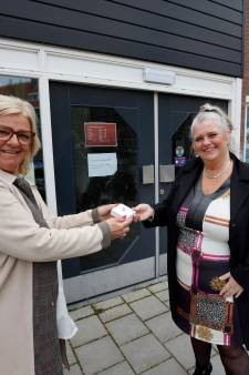 Behoeftelijnknop van Stichting J&S nu ook in Schiedam-West: 'Kan ik ook een leuke vrouw krijgen?'