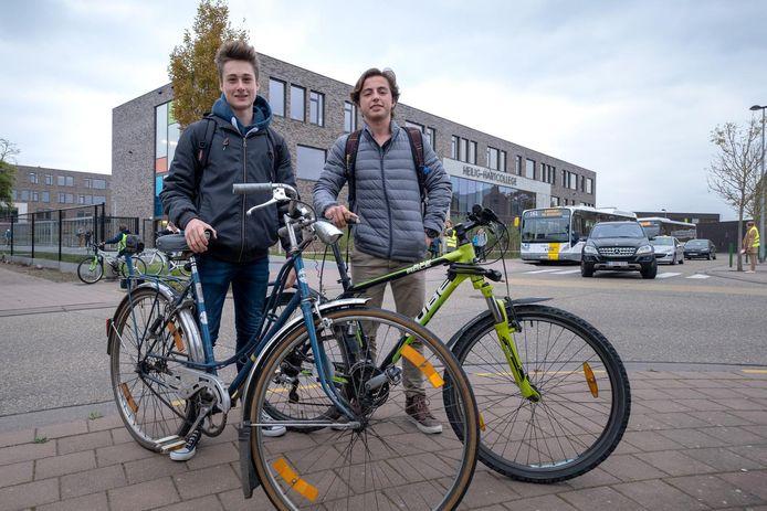 Yerno en Lander starten een petitie voor overdekte fietsenstallingen op het Heilig-Hartcollege.