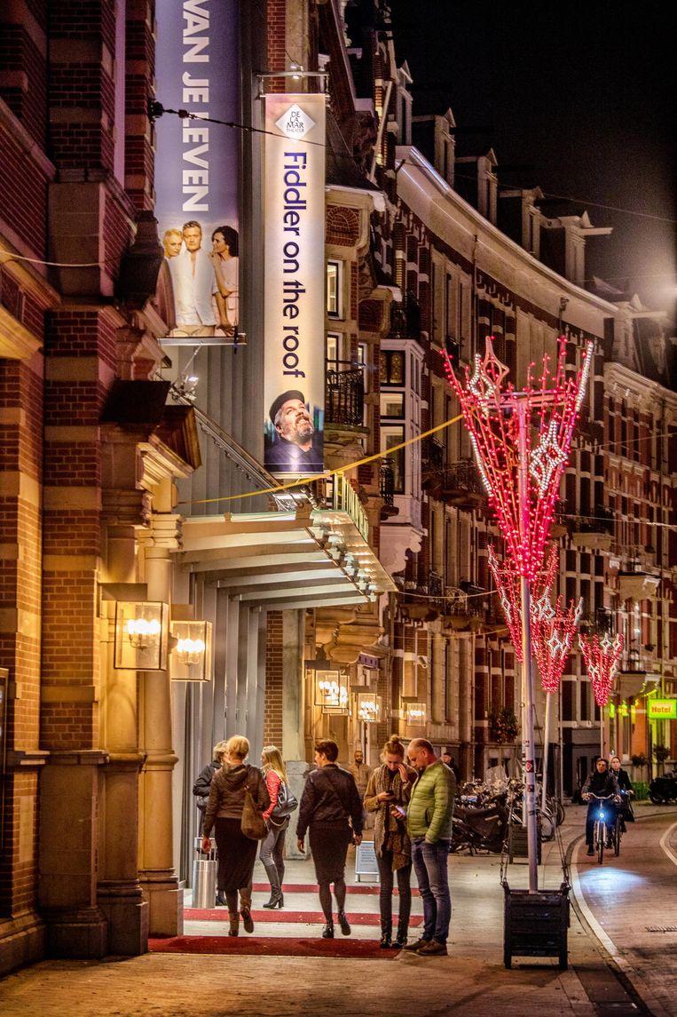 Theater DeLaMar in Amsterdam waar op 5 november de musical Fiddler on the roof in première gaat. Regisseur Ruut Weissman zal er dan niet bij zijn. Beeld Raymond Rutting