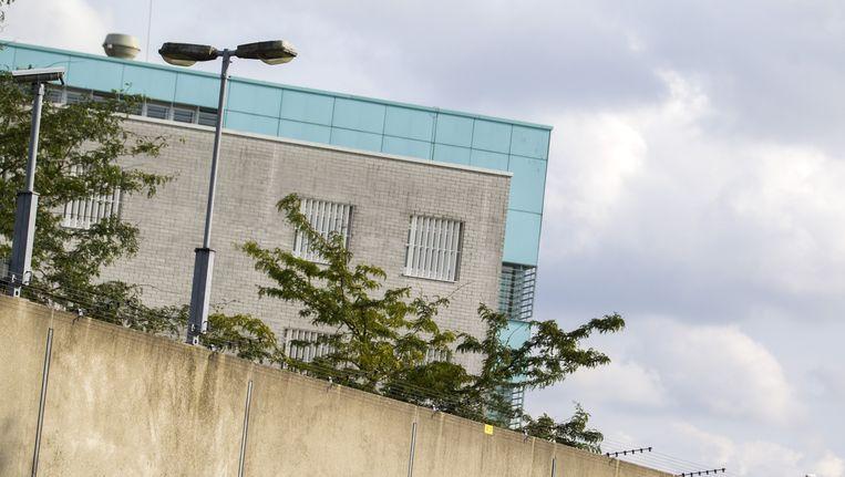 De buitenkant van de penitentiaire inrichting Haaglanden in Zoetermeer. Beeld anp