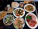 De maaltijdbox vol gerechten uit de Italiaanse keuken.