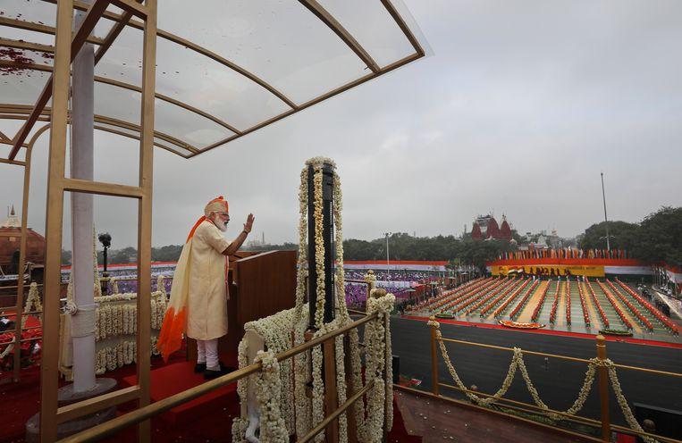 Premier Narendra Modi zei onlangs tijdens zijn toespraak ter gelegenheid van Onafhankelijkheidsdag dat toegang tot betaalbaar maandverband en tampons onontbeerlijk is voor de emancipatie van vrouwen en meisjes. Nog nooit had een Indiase leider dat gedaan. Beeld AP