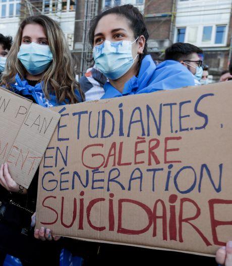 """Manifestation d'étudiants pour une reprise des cours en présentiel: """"Certains ont fait part de pensées suicidaires"""""""