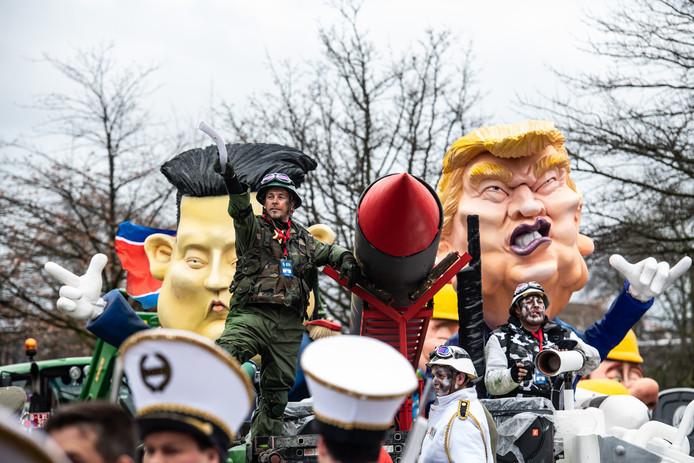 Vorig jaar maakten de carnavalsvierders zich ook vrolijk over Donald Trump.